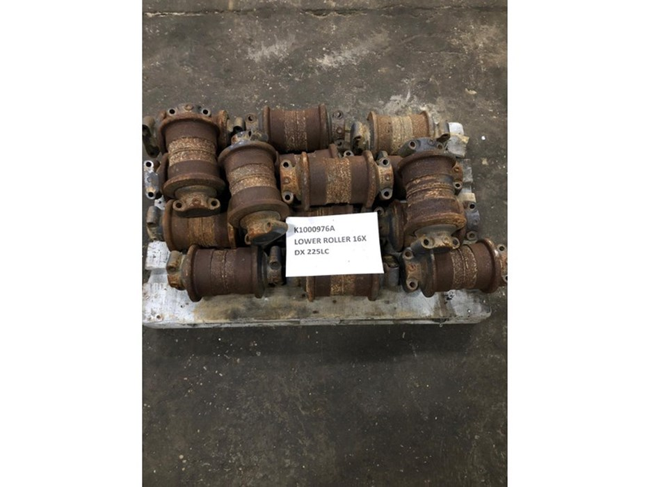 Doosan Lower roll DX225LC (16x) K1000976A